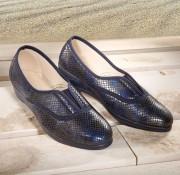 Schuh in metallic-Optik
